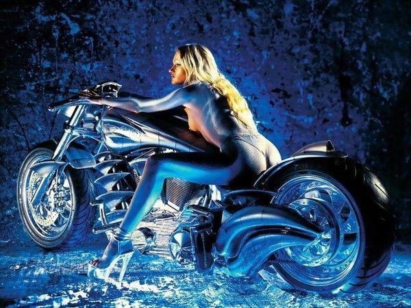 FOND D ECRAN FILLE ET MOTO