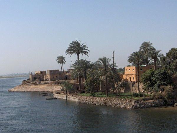fond décran egypte - Page 2 4d16c276