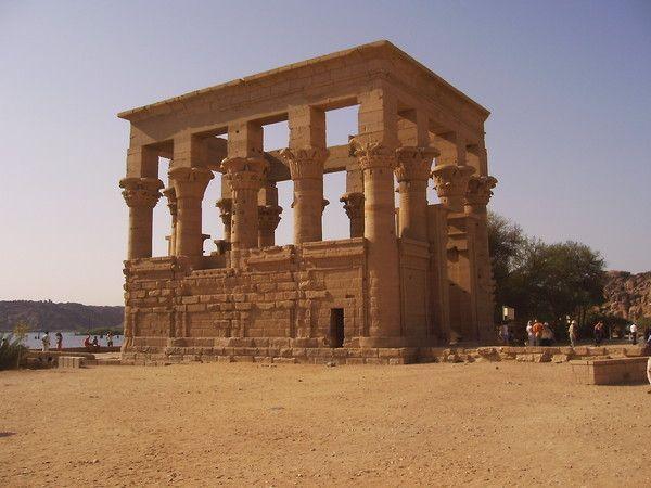 fond décran egypte - Page 2 F806fcb1